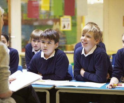 How to Become a Teacher in the UK?
